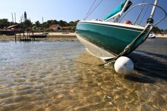 marée basse au Mimbeau avec le phare du Cap-Ferret en fond
